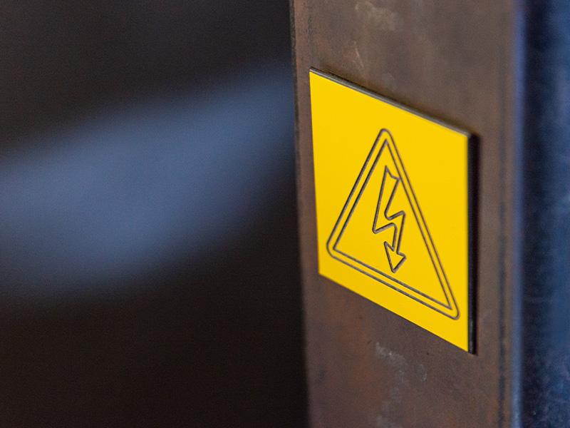 Plaque signalisation électrique